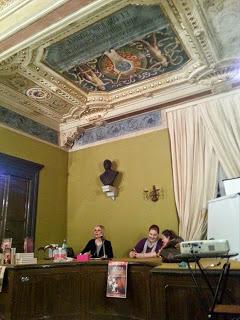 """Simona Liubicich presenta """"Ossessione color cremisi"""""""
