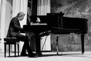 Alessandro Ceccarelli: Michele Fazio, pianista