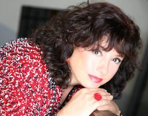 Manuela Minelli: come districarsi fra commedie musicali e romanzi