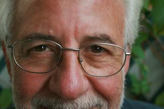 Alessandro Bastasi: scrivere è catturare il lato oscuro della realtà