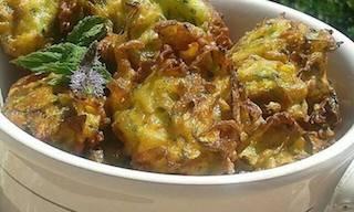 In cucina con Maddy: frittelle di zucchine