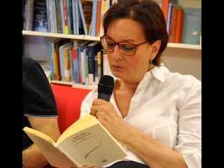Istanti di Poesia: La bellezza del nero, di Daniela Muti